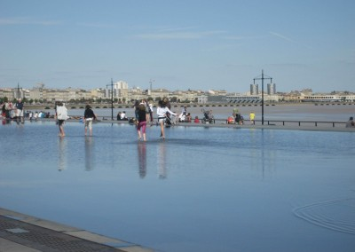Dancing on water in Bordeaux