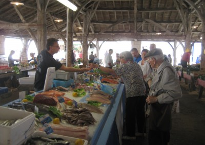 The weekly fishmarket at Cozes